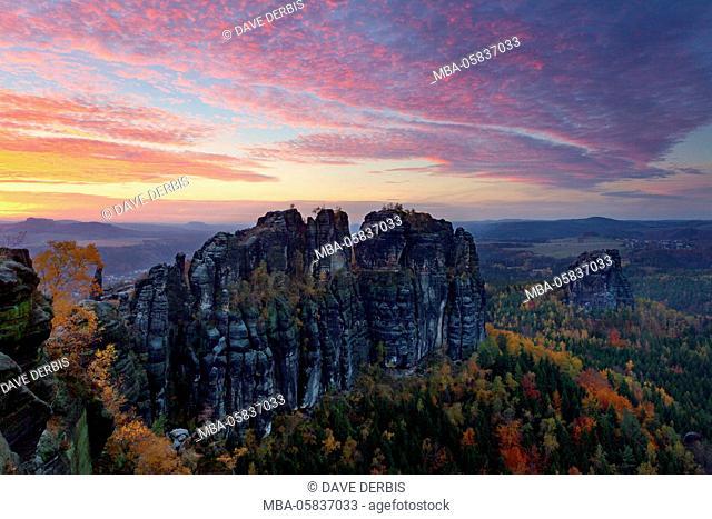 Schrammsteine (mountains), sundown, autumn, Saxon Switzerland, Saxon, Germany, Europe