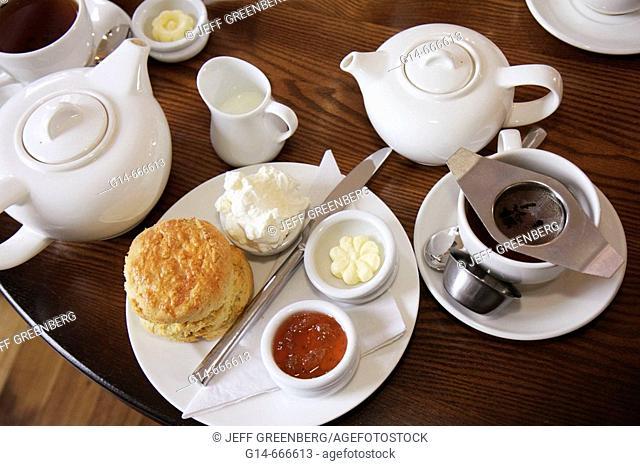 UK, England, Northumberland, Longhoughton, Howick Hall Gardens 1782, Earl Grey Tea House, scones