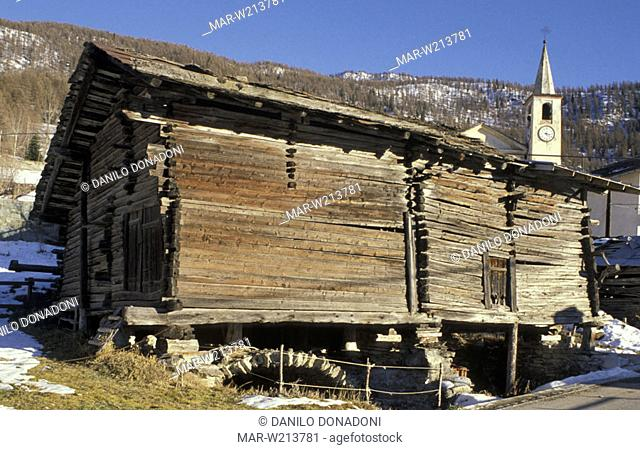 hut detail: rascard, chamois, italy