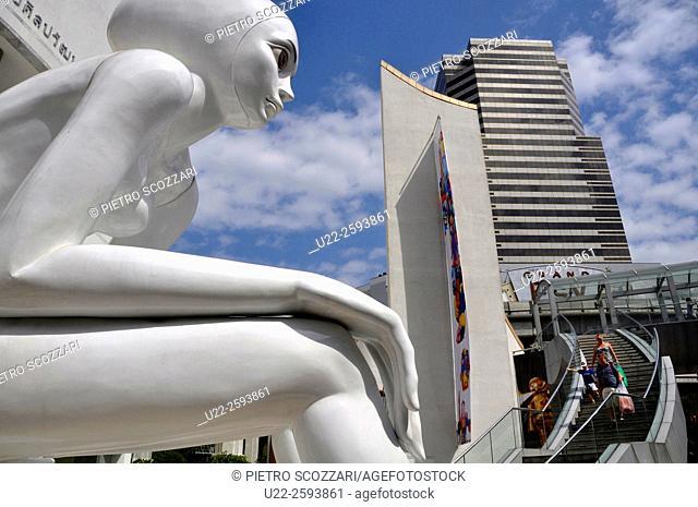 Thailand, Bangkok, sculpture by the Bangkok Art and Culture Centre