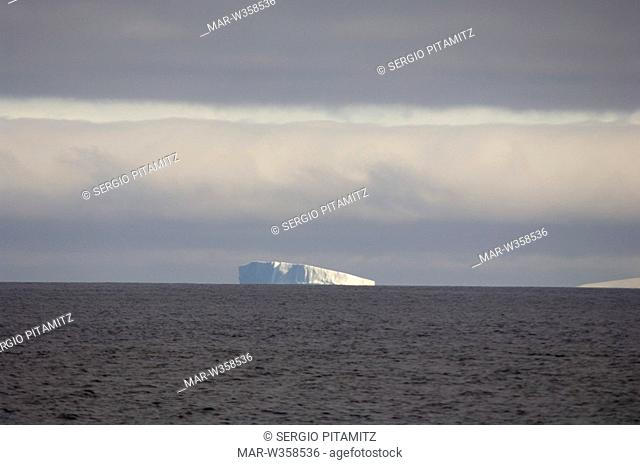 Antarctica, South Shetlands Islands, Iceberg