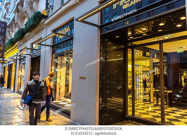 Paris, France, Chinese Tourists Shopping, Outside Street Scenes, Prada Luxury Shops, Rue Faubourg Saint Honoré