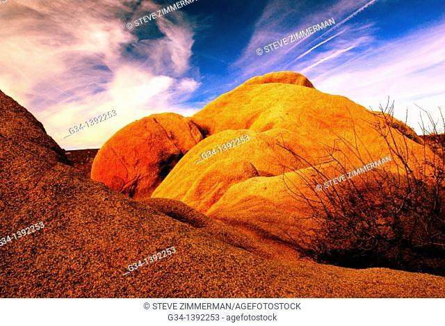Rock Glow, Morongo Valley, California, USA