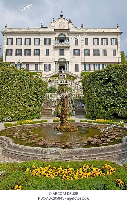 Fountain, botanical garden, Villa Carlotta, at Lake Como, Tremezzo, province of Como, Lombardy, Italy / Lago di Como