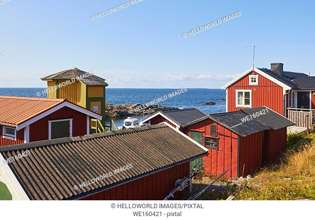 Baltic Sea coast community on island of Oja (Landsort), the southernmost point in the Stockholm archipelago, Sweden, Scandinavia