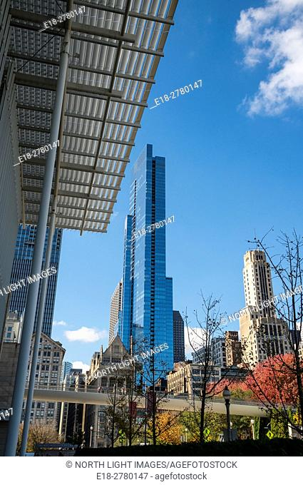 USA, IL, Chicago. Part of the city skyline featuring the Legacy Tower. Viewed from the Art Institute of Chicago