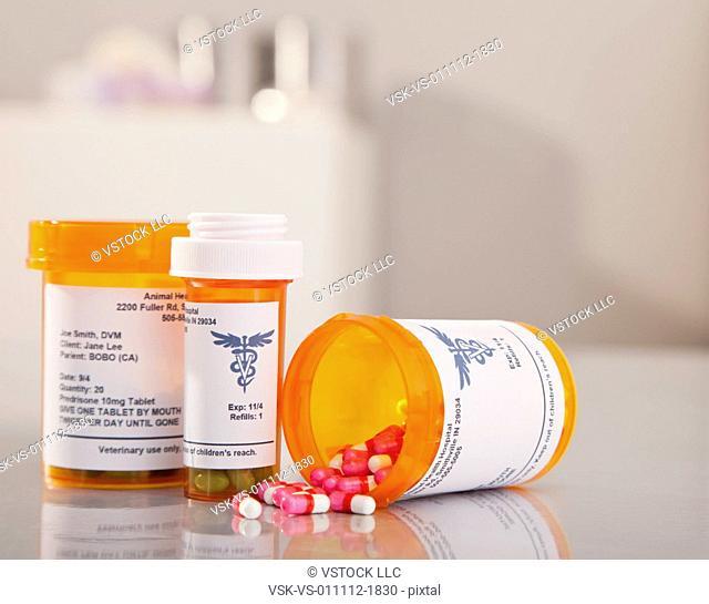 Flasks with pills