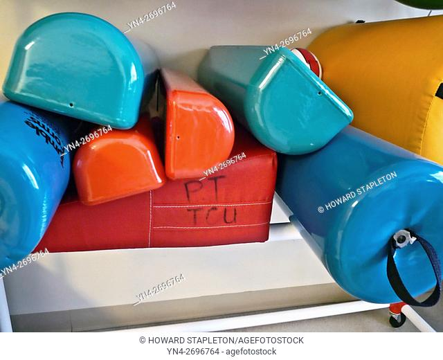 Physical and occupational therapy equipment including bolster supports