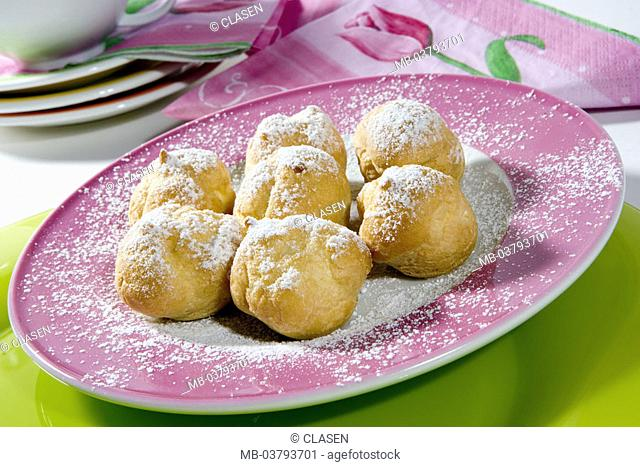 Dessert, cream-puffs with cream filling, Powder sugar  Sweets, dessert, pastries, sweet ware, cream pastries, sweet, rich in calories, saccharated, food