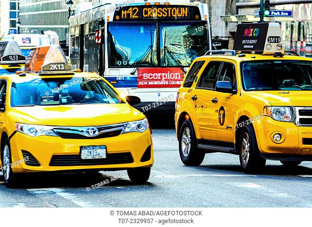Vehicular Traffic, Grand Central Terminal traffic via 42nd Street during summer morning rush hour, Pershing Square, Park Avenue, Midtown Manhattan
