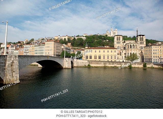 France, Lyon, Quai Romain Rolland, Basilica of Notre Dame de Fourvière and Cathédrale Saint-Jean-Baptiste, Pont Bonaparte Photo Gilles Targat