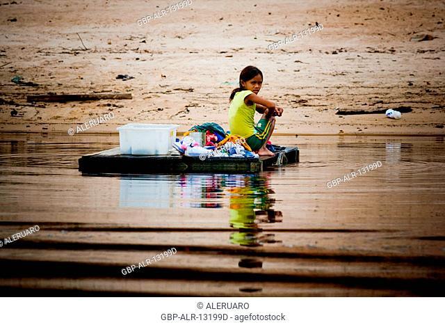 Child, Terra Preta Community, Cuieiras River, Amazônia, Manaus, Amazonas, Brazil
