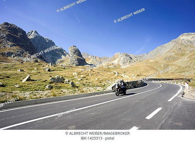 Road to the Great St. Bernard Pass, Col du Grand Saint-Bernard, Colle del Gran San Bernardo, Pennine Alps, Valais Alps, Western Alps, Italy, Europe