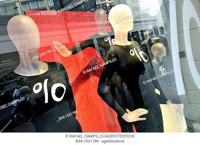Discounts in clothing store. Barcelona. Catalonia, Spain