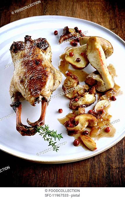 Quail with mushrooms and pears