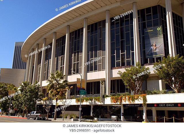 The Dorothy Chandler Auditorium is one of the top classical and ballet performance halls in Los Angeles