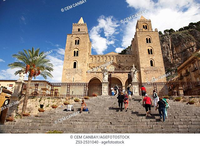 Scene from the Piazza Duomo with the Cathedral at the background, Cefalu, Sicily, Italy, Europe