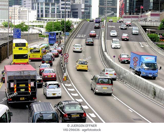 City traffic in Hongkong, China. - HONGKONG, CHINA, 22/07/2006