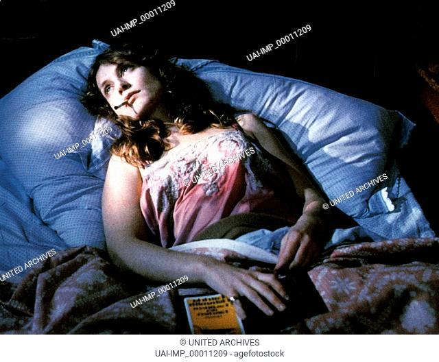 Malina, (MALINA) D-A 1990, Regie: Werner Schroeter, ISABELLE HUPPERT, Stichwort: Bett, schlaflos, Kopfkissen