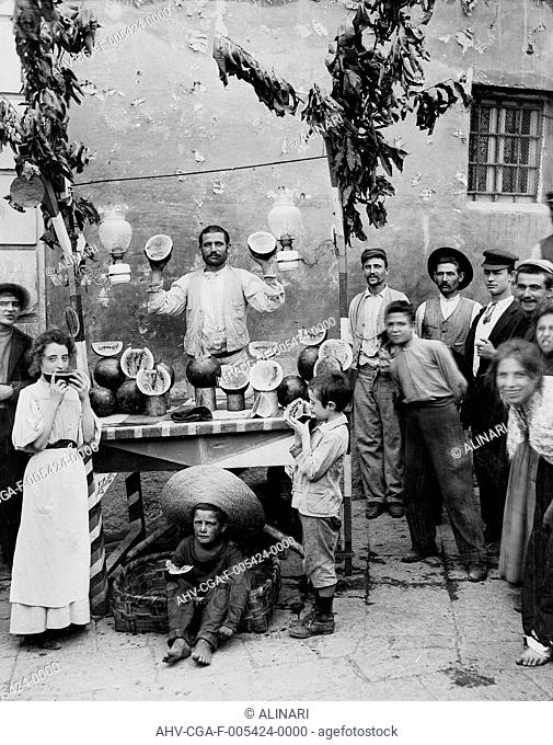 Water melon seller, Naples, shot 1890 ca. by Chauffourier, Gustave Eugène