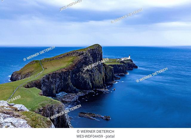 United Kingdom, Scotland, nner Hebrides, Isle of Skye, Neist Point, lighthouse in the evening