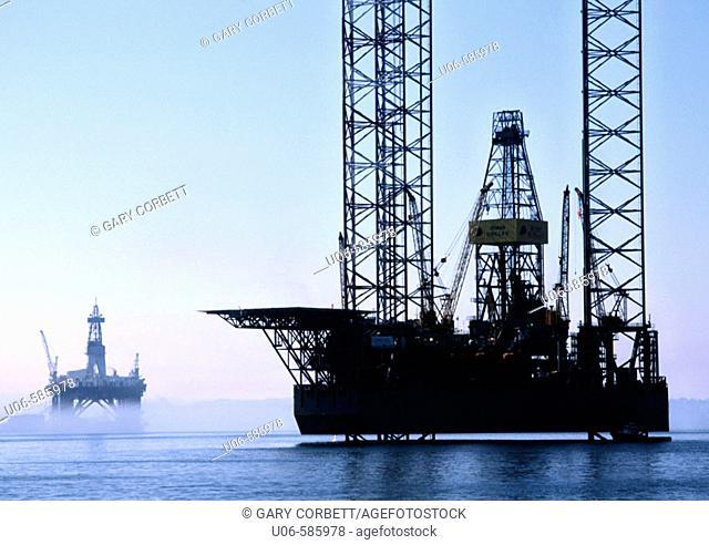 oil rigs off canada's east coast