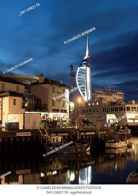 Europe, UK, England, Hampshire, Portsmouth, Spinnaker tower