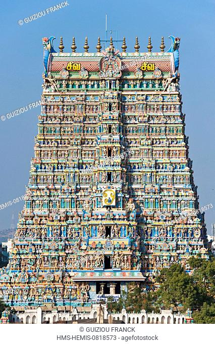 India, Tamil Nadu state, Madurai, Sri Meenakshi temple is a masterpiece of dravidian architecture and one of the most important operating temples of India