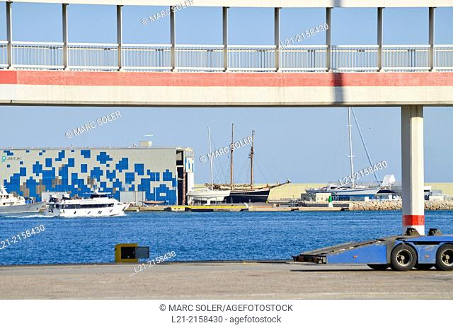 Gateway in the port. Workshop classic sailboats. Harbour, Barcelona, Catalonia, Spain
