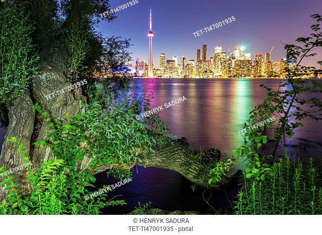 Canada, Ontario, Toronto, Modern city reflected in water