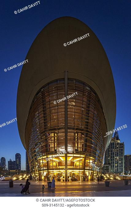 The Dubai Opera House at twilight, designed by the Architects Atkins, Downtown Dubai, Dubai, Dubayy, United Arab Emirates