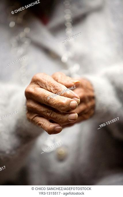 The hands of an elderly woman in the Our Lady of Guadalupe Home for the Elderly, Mexico City, December 13, 2010