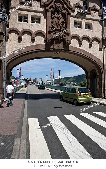 View on the Brueckentor bridge gate on the Mosel bridge, built 1899 by Bruno Moehring, quarter Trarbach, Mosel, district Bernkastel-Wittlich