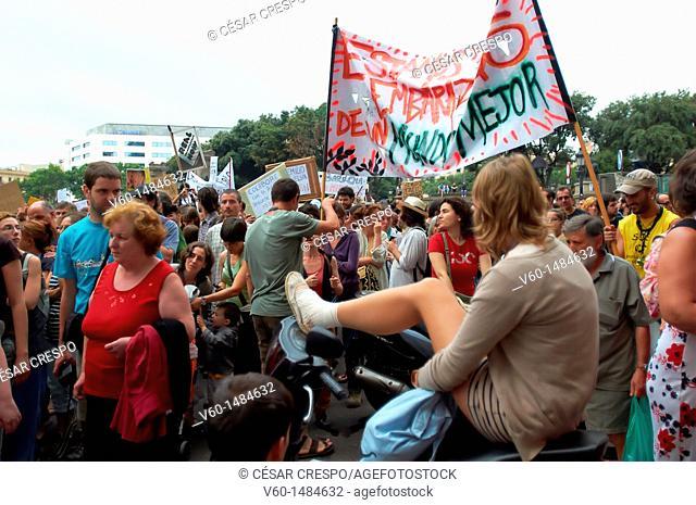 -Demonstrations Indignants Movement 15M- 19 of Juny 2011 in Barcelona (Spain)