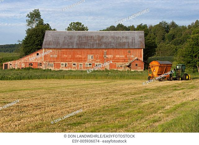 Old weathered barn, Stowe, Vermont, USA