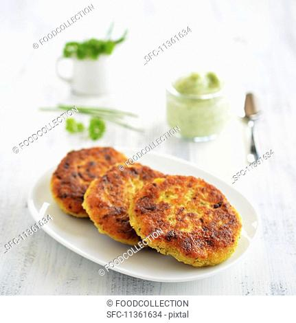Vegetarian millet burgers with kohlrabi and herbs