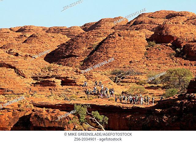 Kings Canyon, tour group, NT, Australia