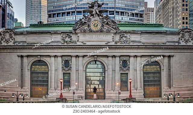 A view from east to west to the entire Grand Central Terminal (GCT) Facade as seen from Park Avenue in midtown Manhattan in New York City