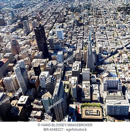 Aerial view, Transamerica Pyramid, View of the South of Market district SoMa, Financial District, Downtown, San Francisco, San Francisco Bay Area, California