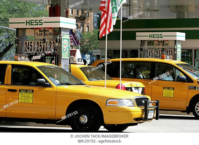 USA, United States of America, New York City: New Yorker Taxi, Yellow cab