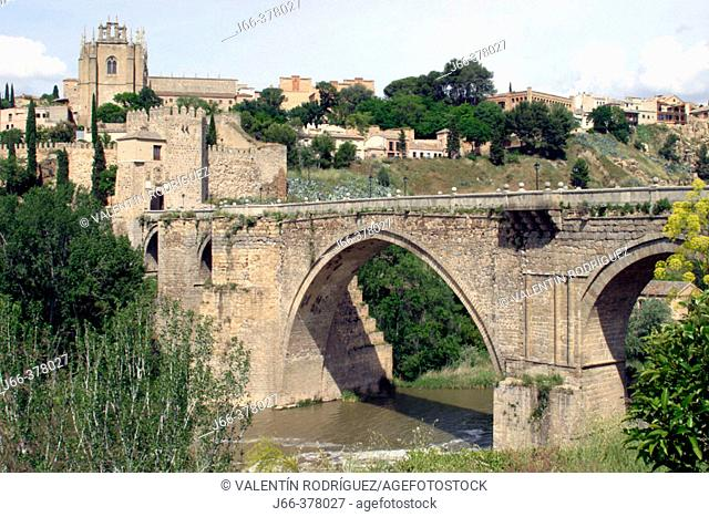 Bridge of San Martín. Toledo. Spain