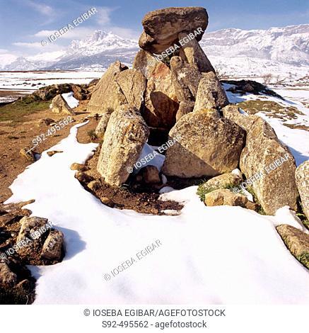 Chabola de la Hechicera dolmen. Rioja Alavesa. Alava. Euskadi. Spain