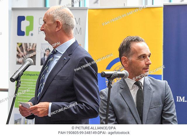 05 August 2019, Poland, Slubice: Dietmar Woidke (l, SPD), Minister President of Brandenburg and Heiko Maas (SPD), Foreign Minister