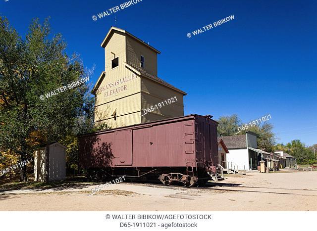 USA, Kansas, Wichita, Old Cowtown Museum, village from 1865-1880, grain elevator