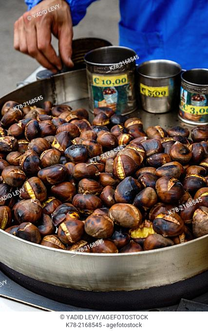 Caldarroste, roasted chestnuts, Milan, Italy