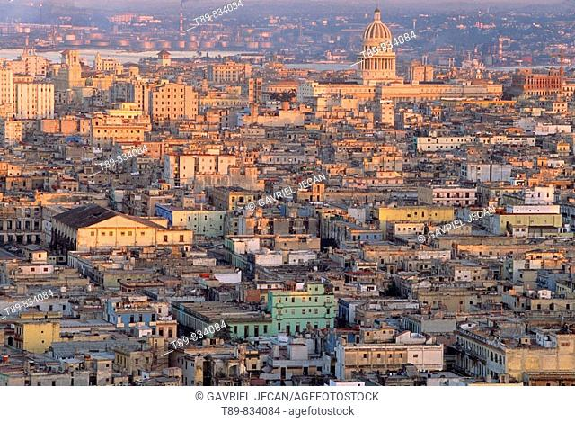 View of old Havana and the Capitolio building modeled after the U S Capitol building in Washingtion DC was built in 1929, La Havana