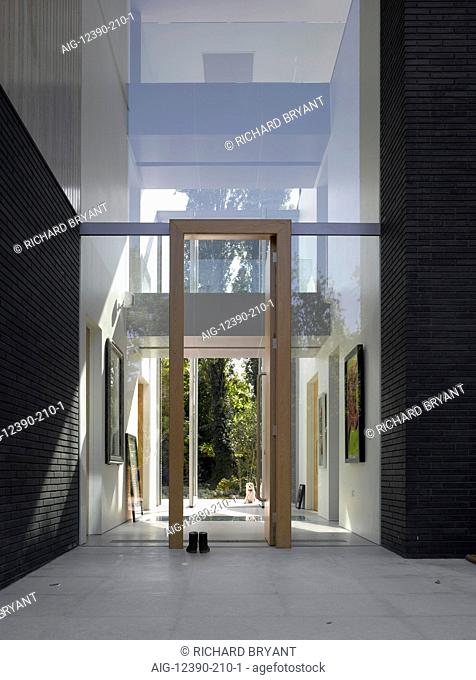 Double height entrance to Pond and Park House, Dulwich, London, UK