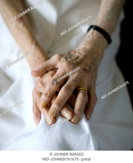 The hands of an old woman, Sweden