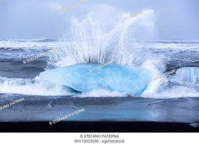Icebergs at the beach of Jökulsarlon glacial lake, Iceland