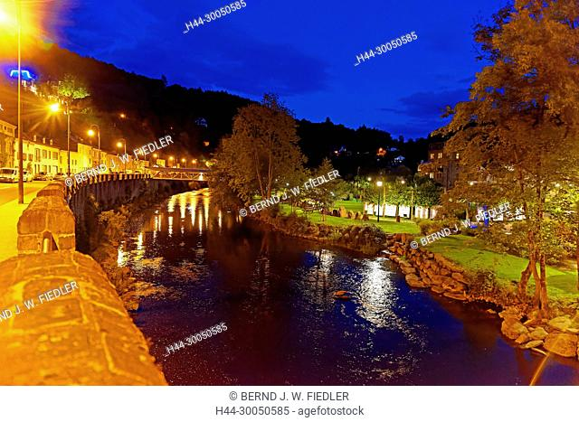 River, Ourthe, house line, local view, night admission, La Smelling Roche-en-Ardenne Belgium